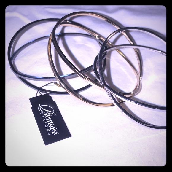 Premier Designs Jewelry - Premier Designs Three's Company bracelet set